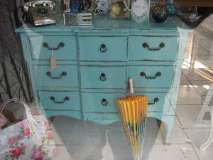 Shabby-Chic Furniture